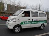 行驶在北京的街道上